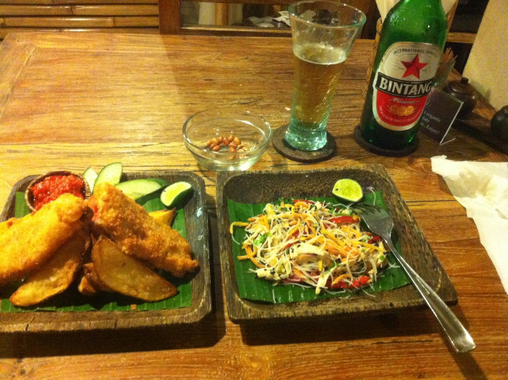atman_vetnamise salad and fish n chips