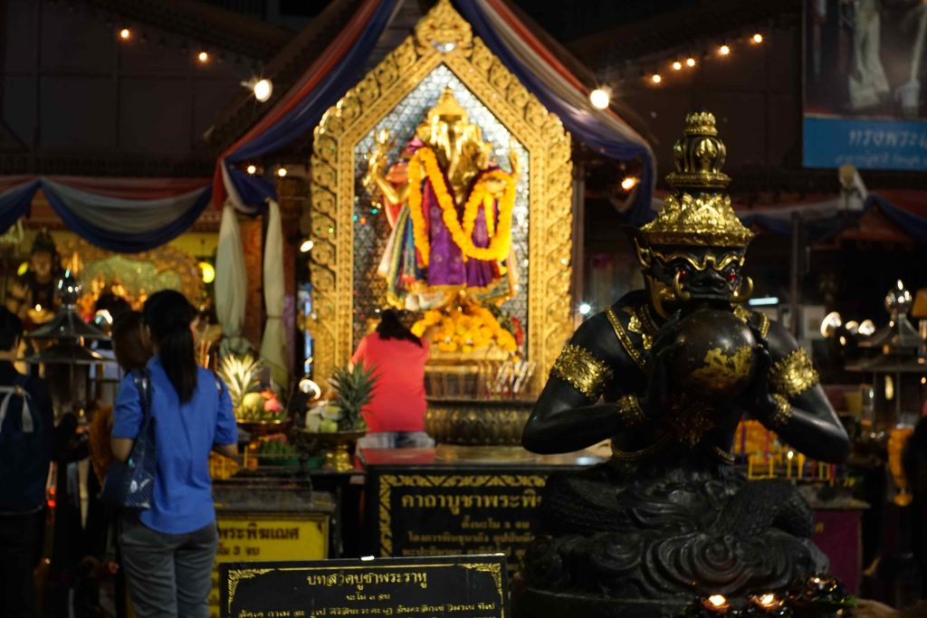 buddism-in-thailand_01